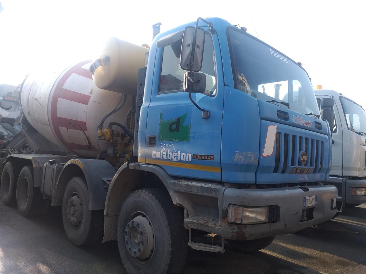 astra hd c  allestimento betoniera cifa ry   mc