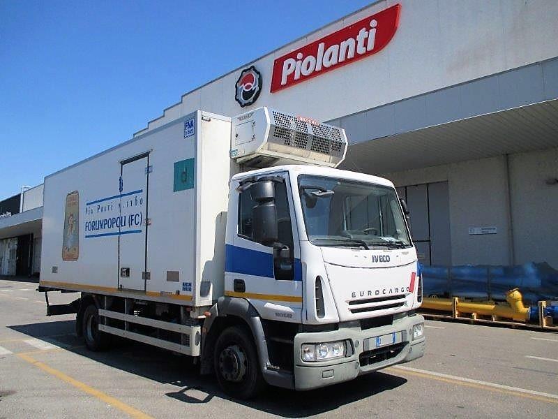 autocarro iveco eurocargo   allestimento furgonatura isotermica