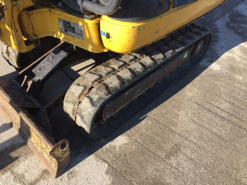 mini escavatore idraulico komatsu pc  r  f