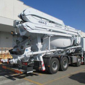 nuovo mercedes arocs  allestimento betonpompa cifa magnum mk  l