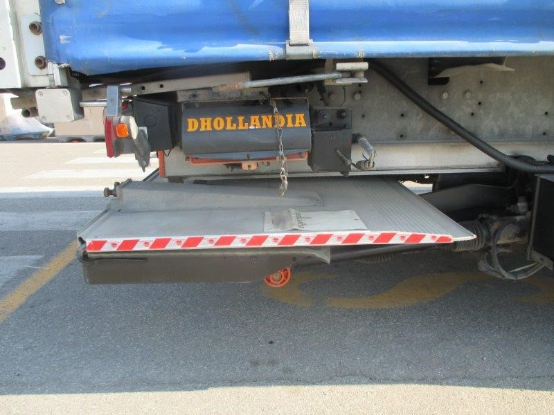 semirimorchio schmitz cargobull ag s   assi pneumatico